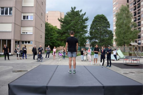 150814_far_kinkaleri_performance_ad_jpg2835_03.jpg